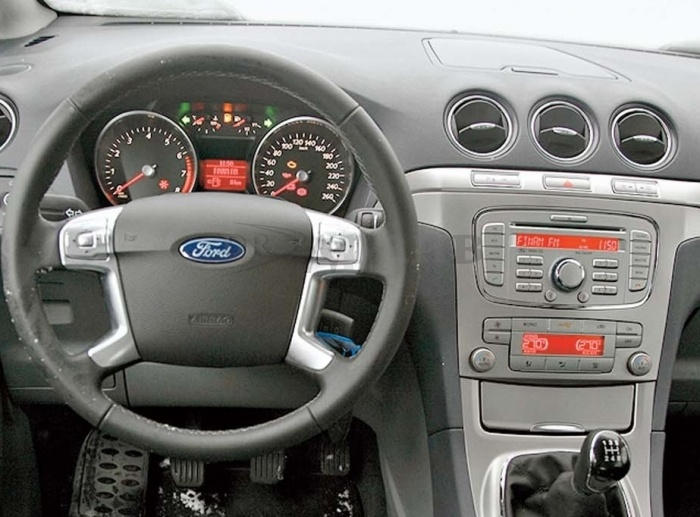 Автомагнитола IQ NAVI D44-1402 Ford Galaxy I (2010-2015) на Android 4.4.2 Quad-Core (4 ядра) 7""
